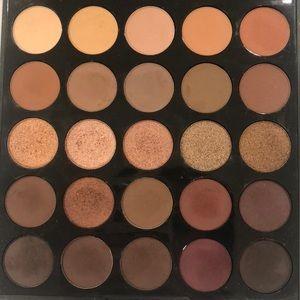 Makeup Eyeshadow palette 🎨